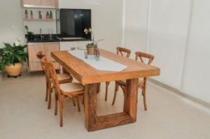 mesa madeira rustica em
